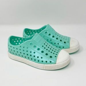 Native Girls Perforated Slip On Water Shoes Sparkly Green Size C7 Baby Infant